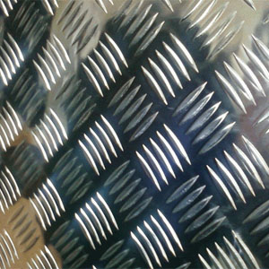 Table din aluminiu striate